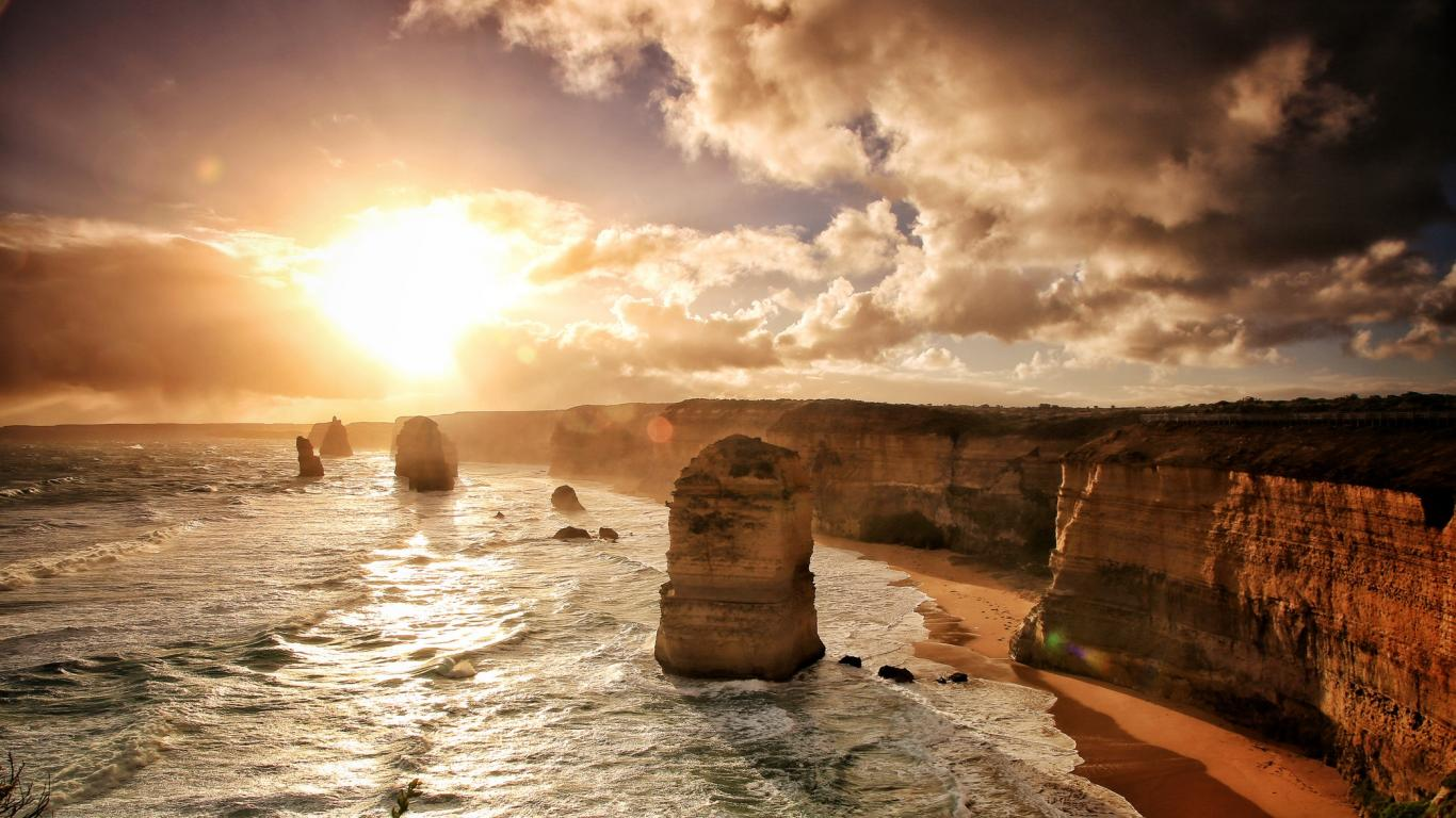 Great Ocean Road, Australia..jpeg